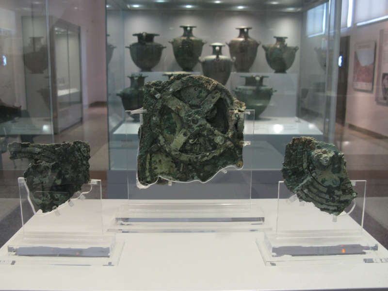the_antikythera_mechanism_3209887483